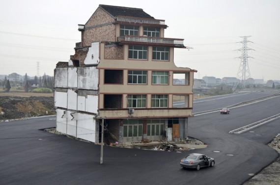Anziani in Cina: quando la casa è un bene da difendere ad ogni costo….