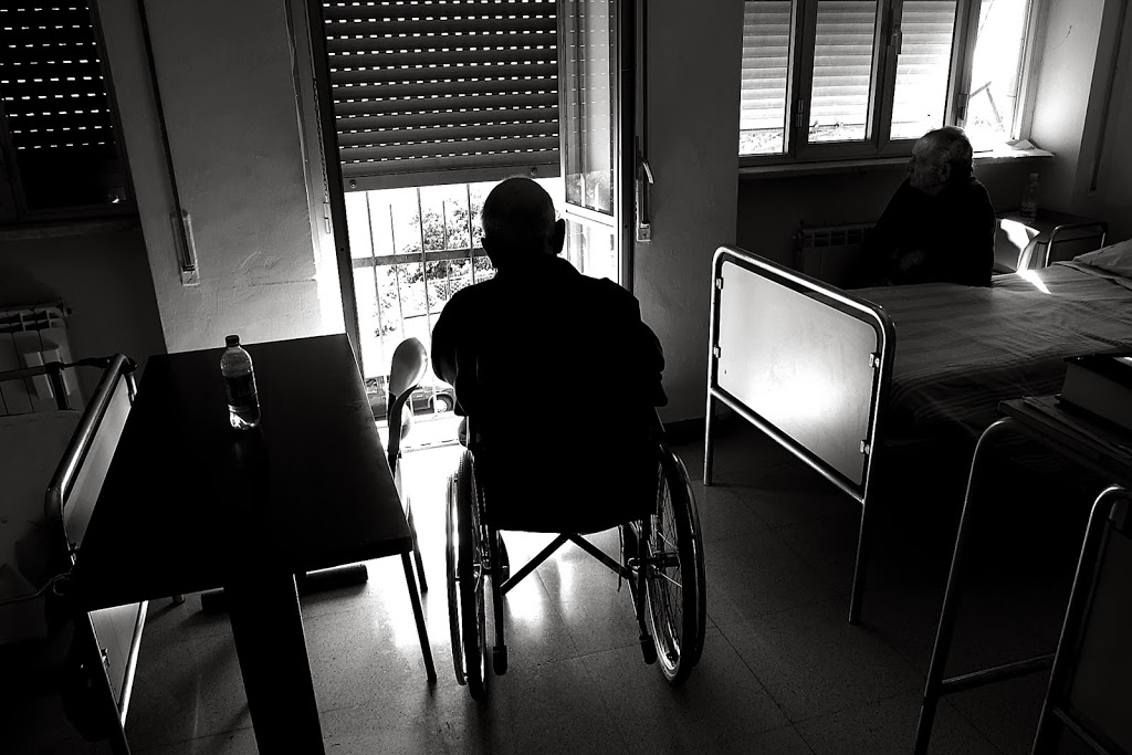 Anziani, visita guidata nelle Rsa  insieme a  Rai News24