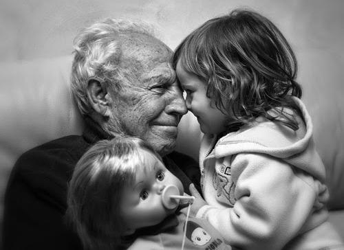 """News sul premio letterario """"Viva gli Anziani"""": pubblicata la rosa dei finalisti"""