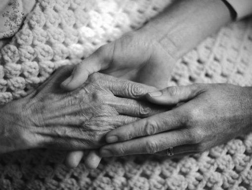 Anziani dimenticati al Vomero, ci sono altri casi