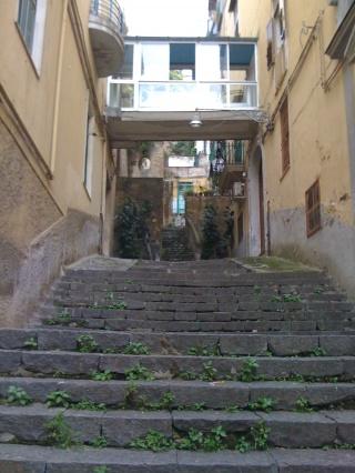 Anziani ed emergenza abitativa: a Napoli un esempio di malagestione