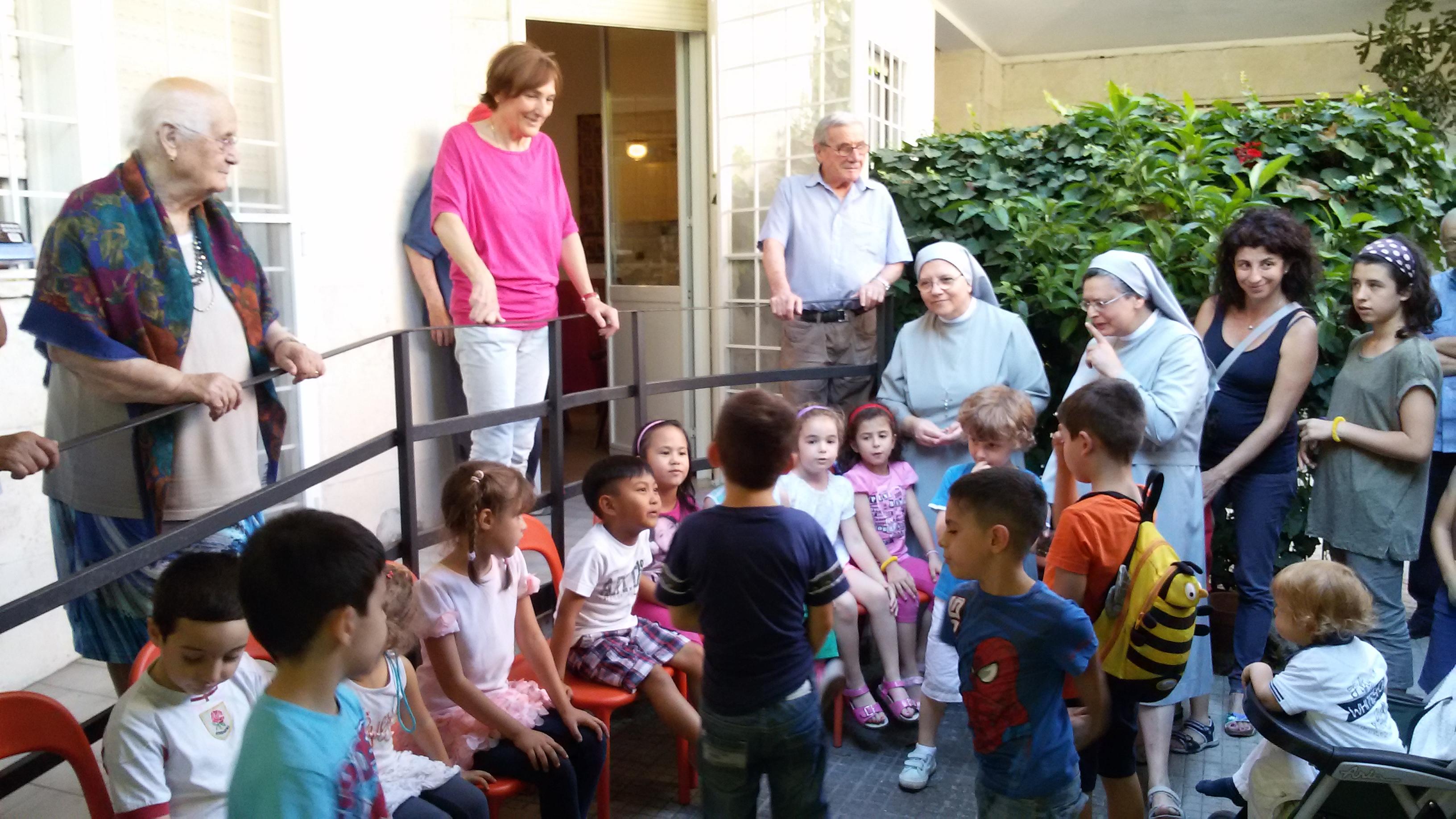 A Sant'Egidio scuola di convivenza fra generazioni