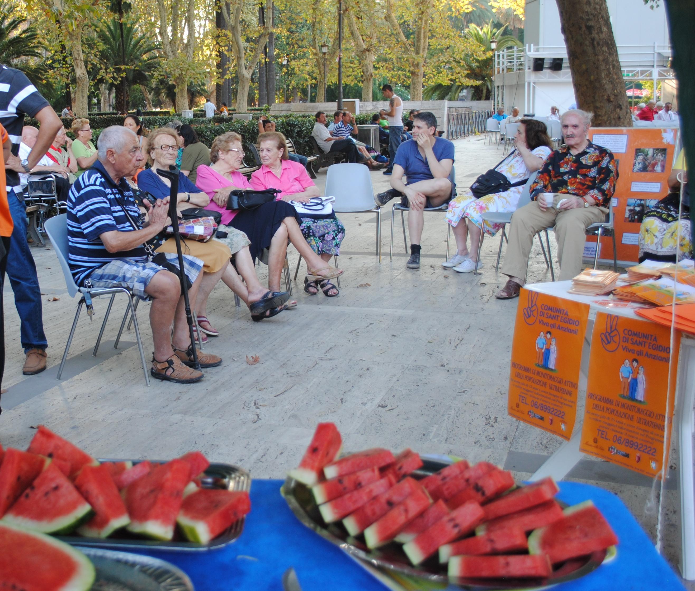 Perchè Ferragosto non sia sinonimo di solitudine : le iniziative della Comunità di Sant'Egidio dedicate agli anziani