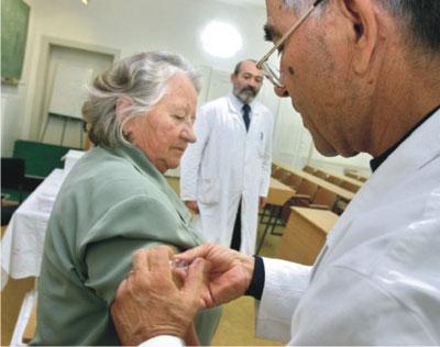 Vaccinarsi contro l'influenza: un piccolo gesto nell'interesse di tutti.