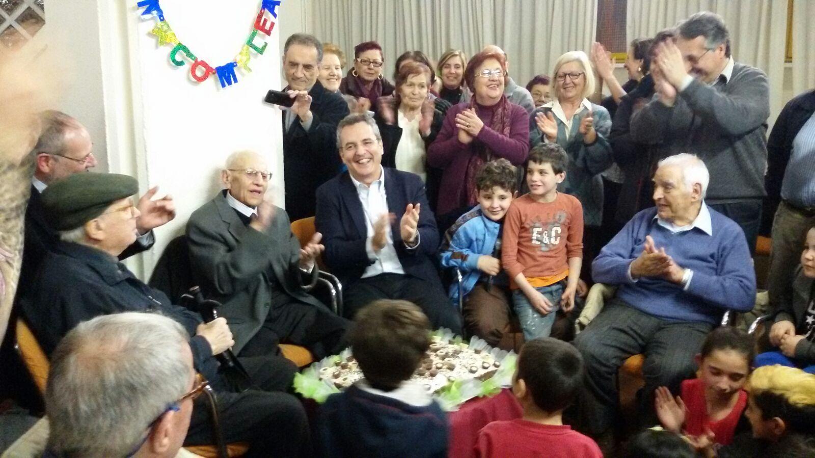 Cento anni e una grande famiglia per Michele: il regalo più gradito