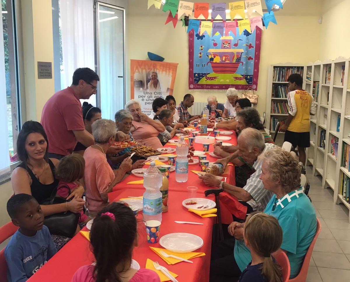Novara:  apericena con gli anziani a Sant'Agabio per vincere il caldo e la solitudine