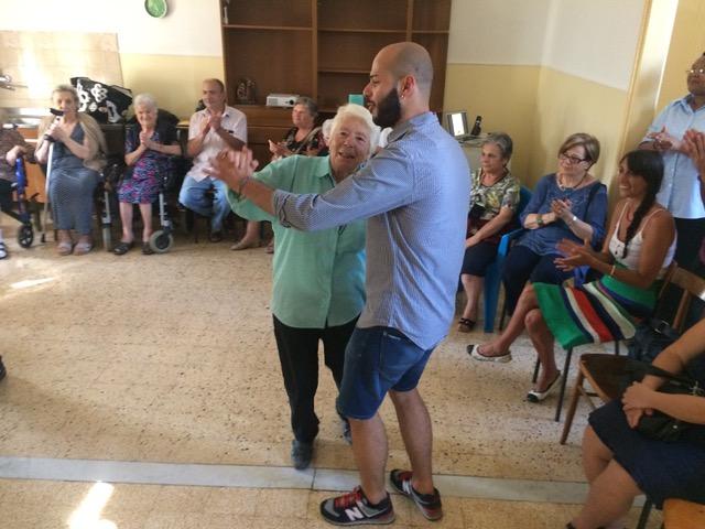 A Fondi l'amicizia scalda il cuore degli anziani