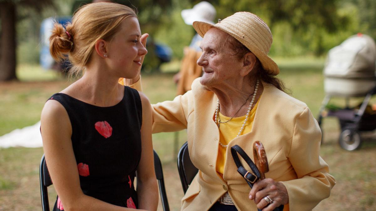 """""""L'età ridicola"""": non è mai tardi per un'amicizia nuova"""