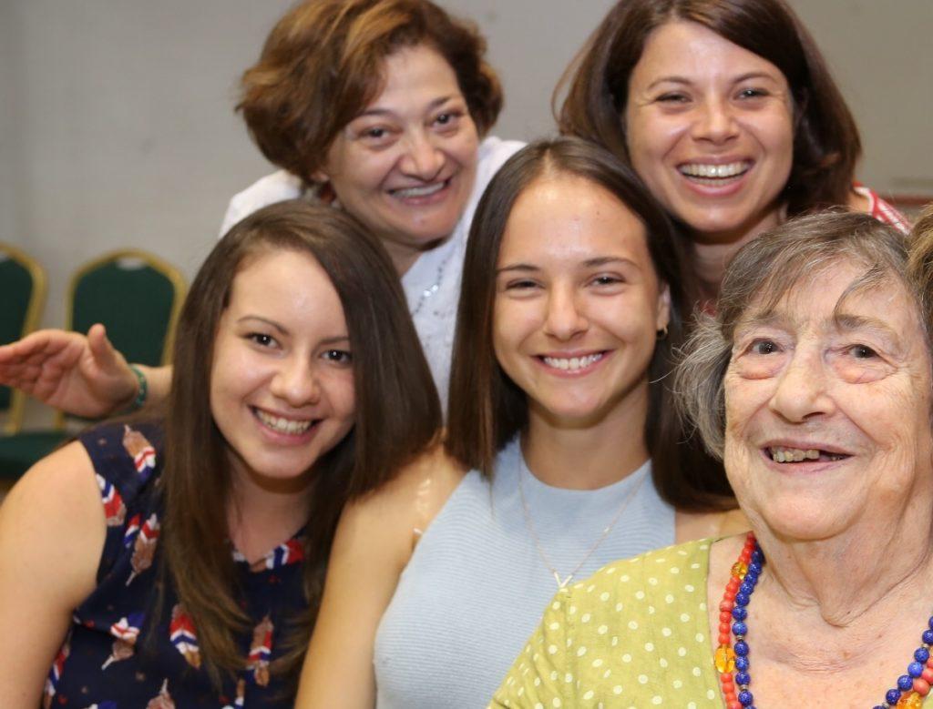 La Comunità di Sant'Egidio e gli anziani